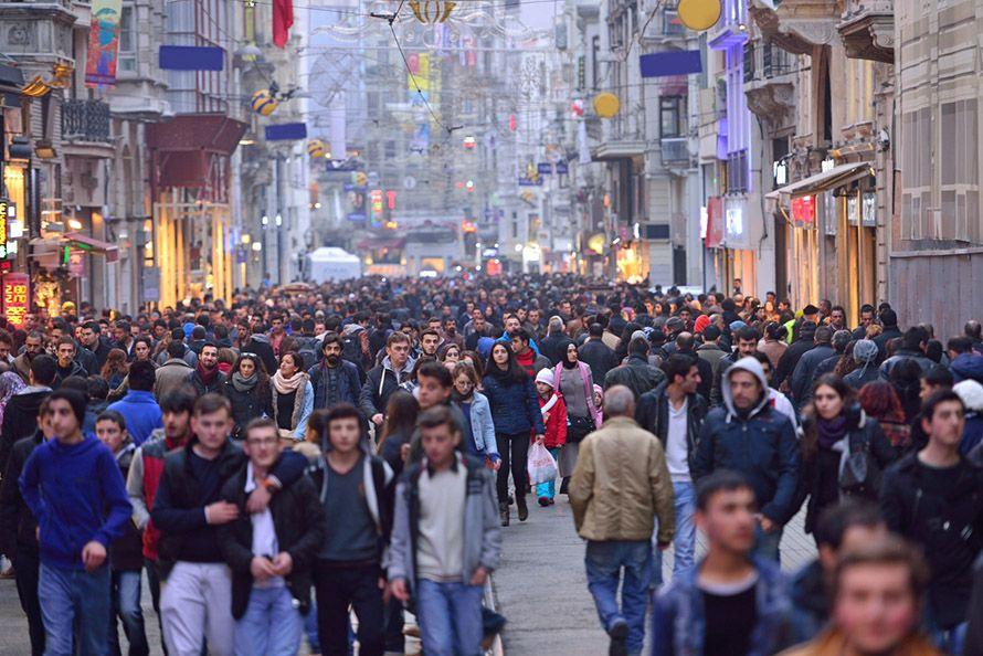 Cuántos habitantes tiene Turquía