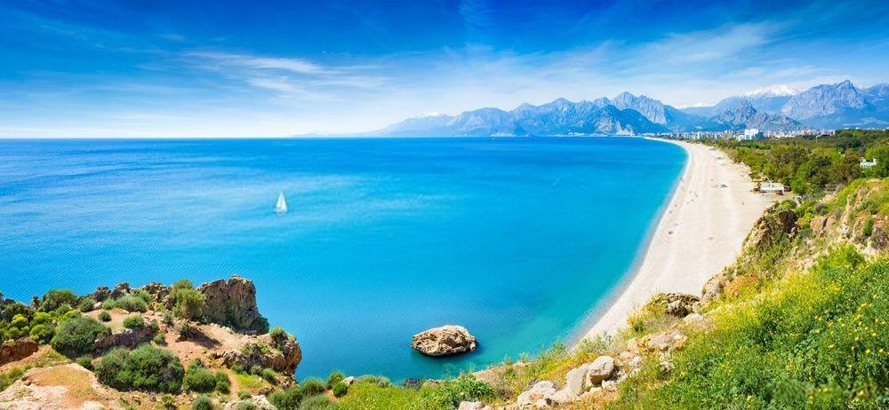 Playa Konyaalti, Turquía