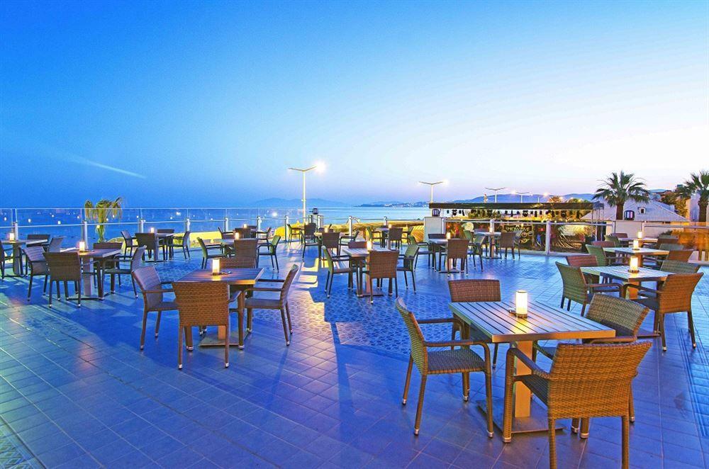 Snack Bar y Restaurante en Atlantis Aqua, Turquía