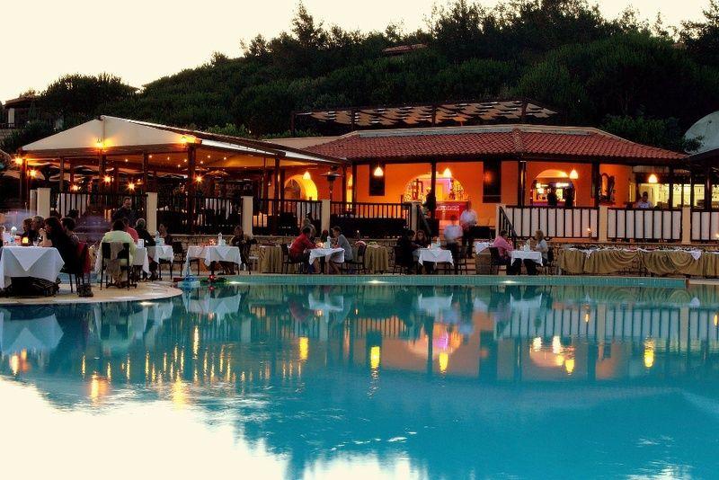 Pool Bar en Atlantis Aqua, Turquía