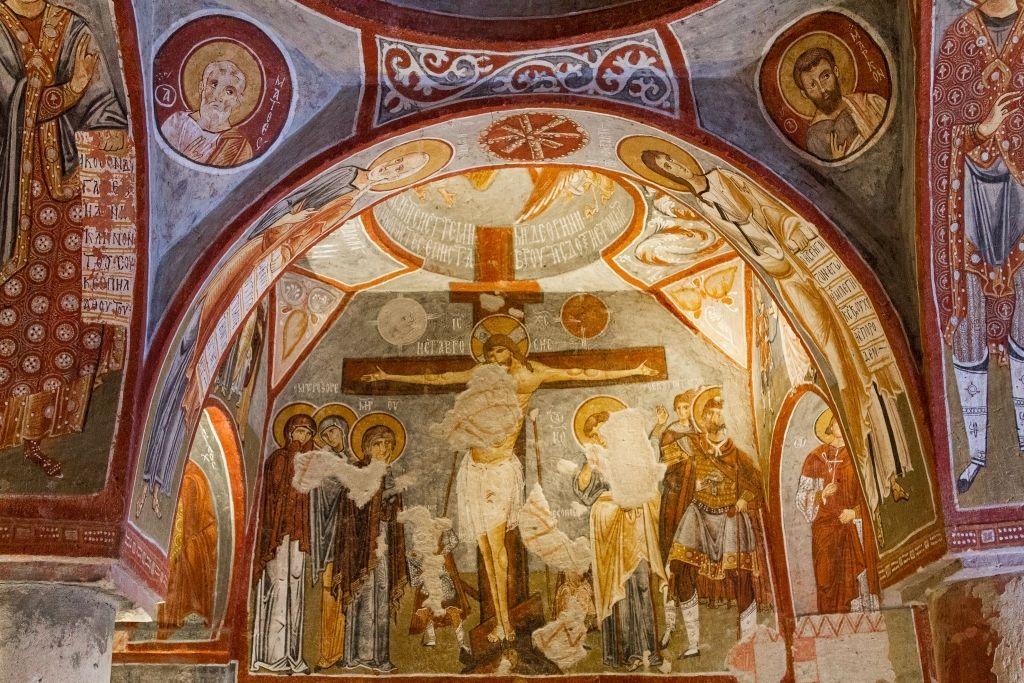 La iglesia Elmalı kilise en Goreme