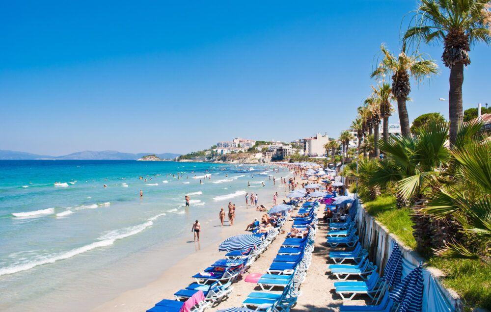 6 - Disfrute en Ladies Beach de una apetitosa comida mientras observa el atardecer